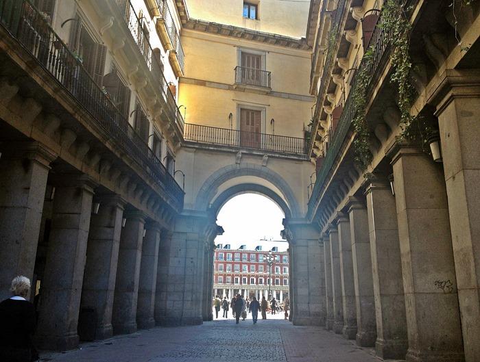 madrid city break plaza mayor