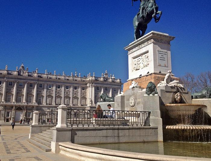 madrid city break royal palace1