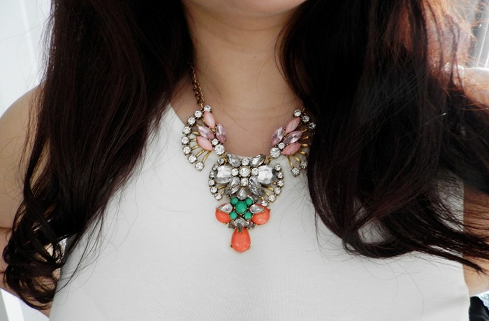 lucy melrose necklace review4