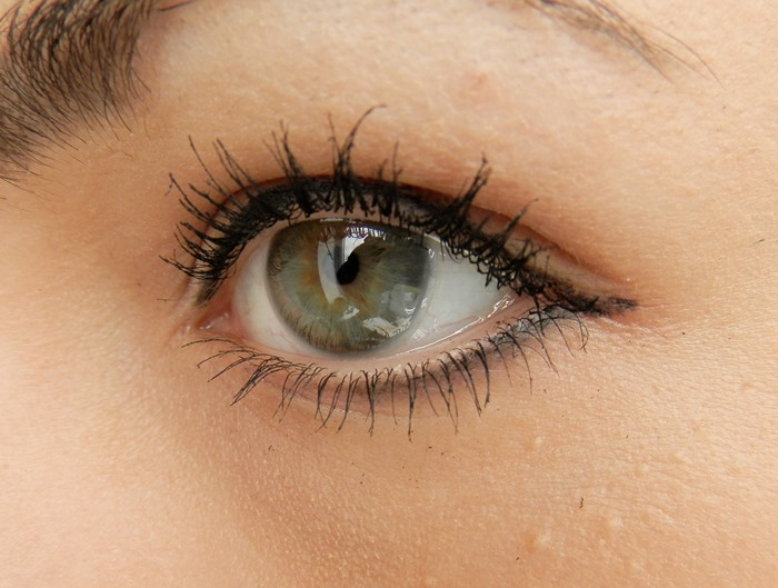 glo minerals precision eye pencil review 12