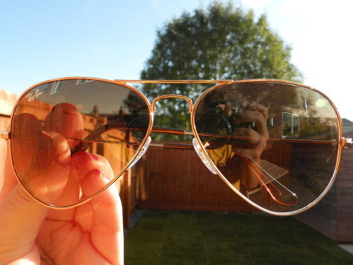 Whats in my summer bag - rayban aviator review (3)